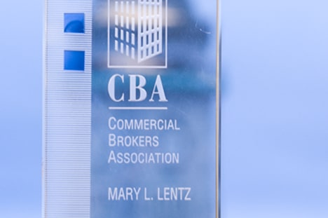 MARY LENTZ RECEIVES CBA BROKER OF THE YEAR AWARD